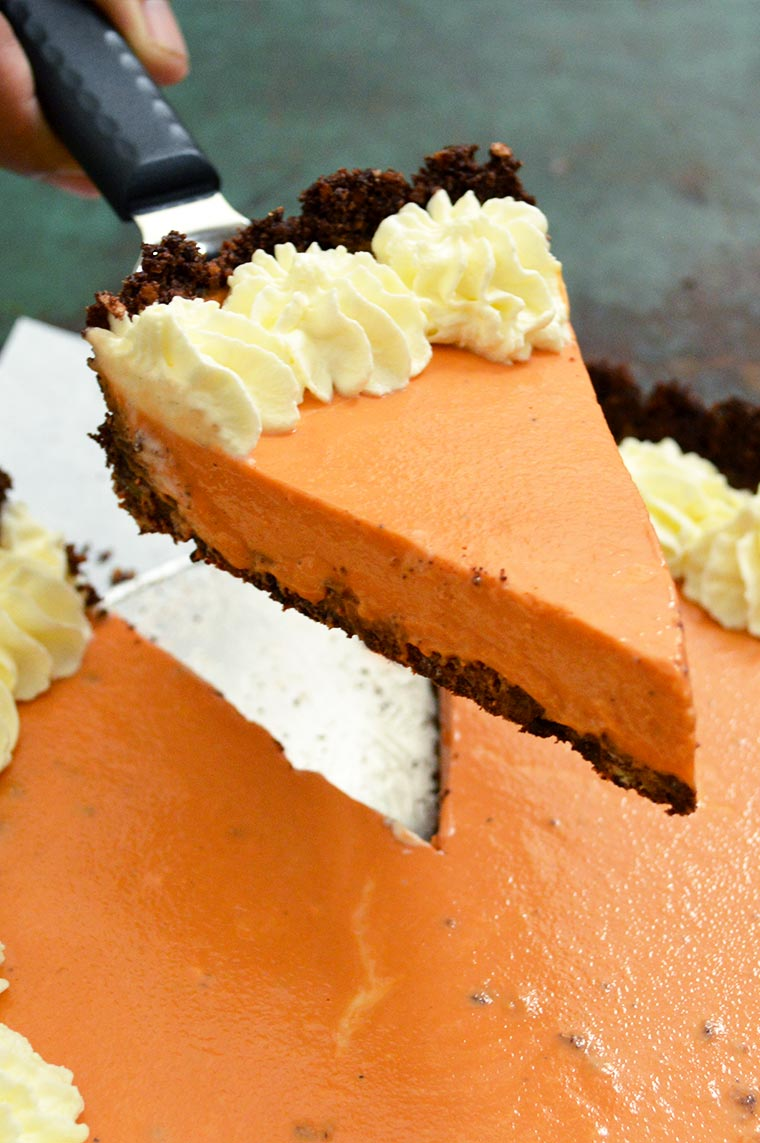 no-bake thai tea cheesecake
