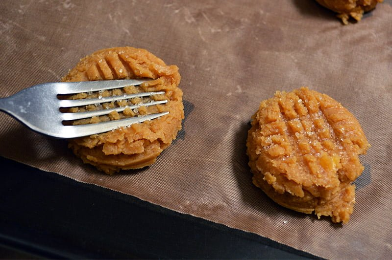 peanut butter cookies 3