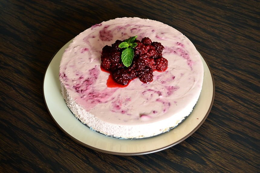 No-Bake Blackberry Cheesecake