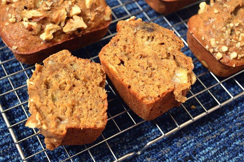 walnut banana bread 4