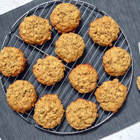 miso almond oatmeal cookies