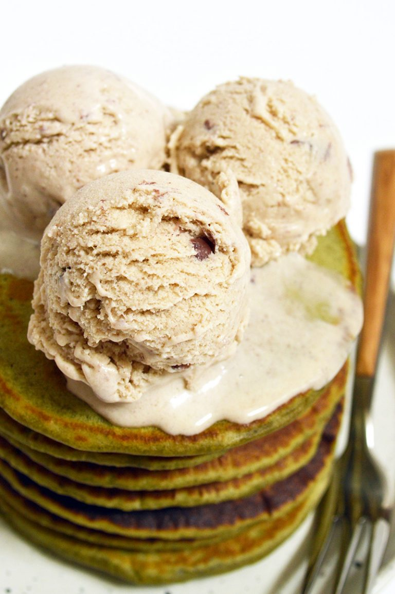 red bean ice cream on top of matcha pancakes