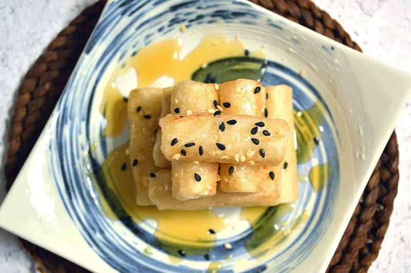 korean rice cakes with honey