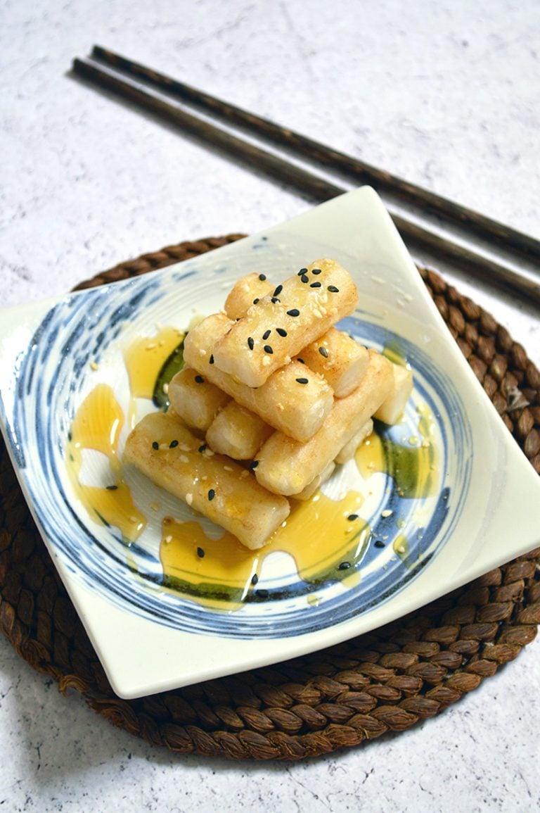 stir fried tteokbokki with honey drizzle