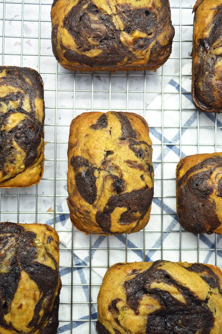 mini chocolate swirl banana bread loaves