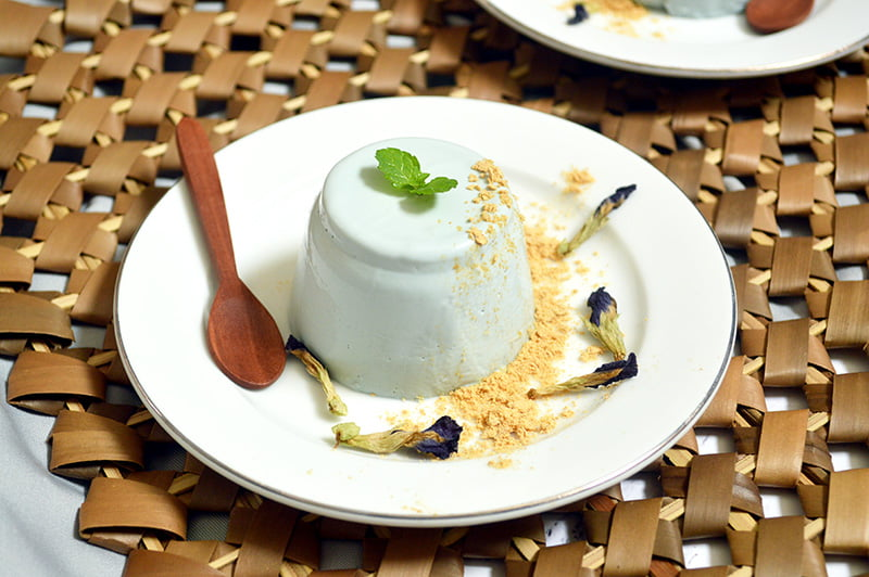 butterfly pea infused panna cotta