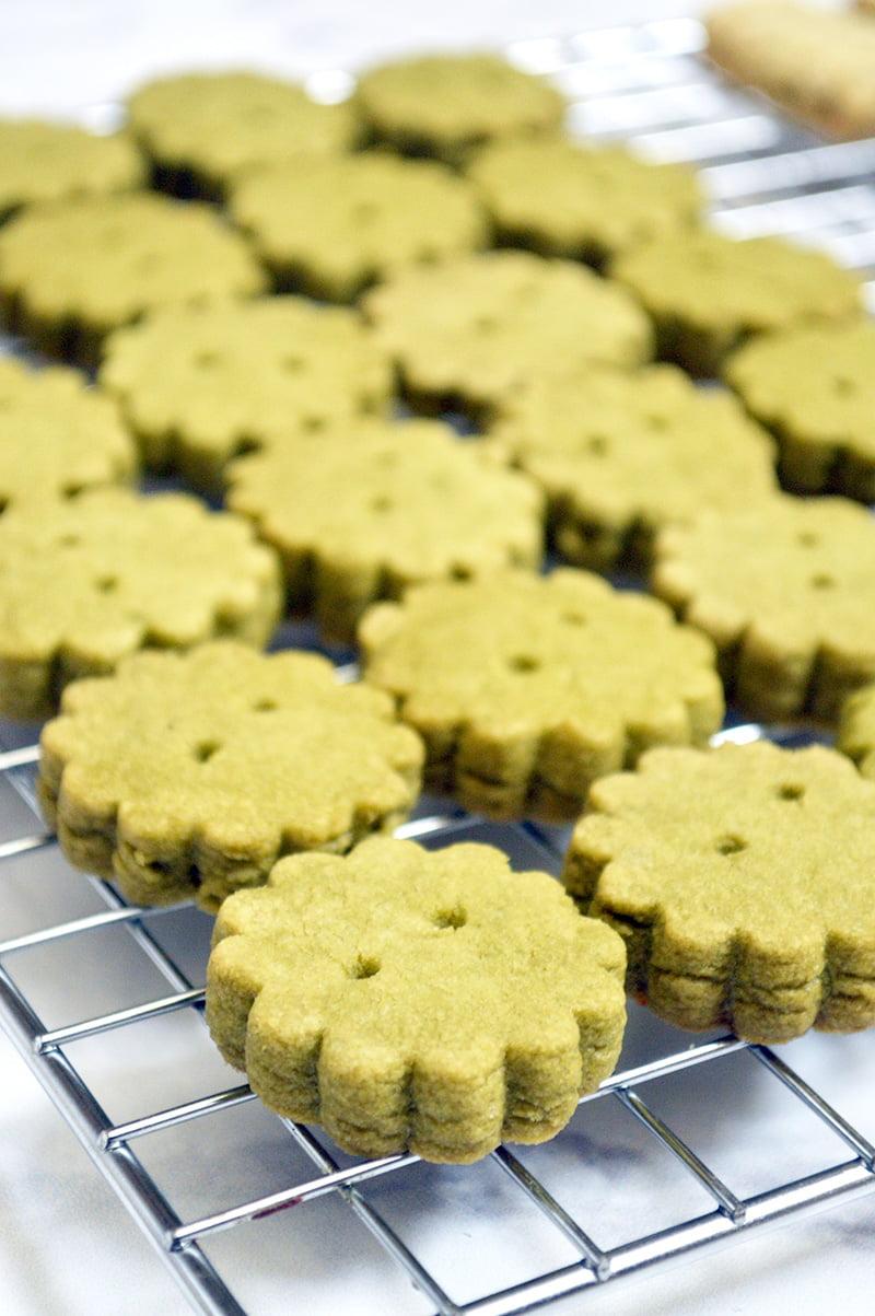 Matcha Shortbread Cookies - Jaja Bakes - jajabakes.com