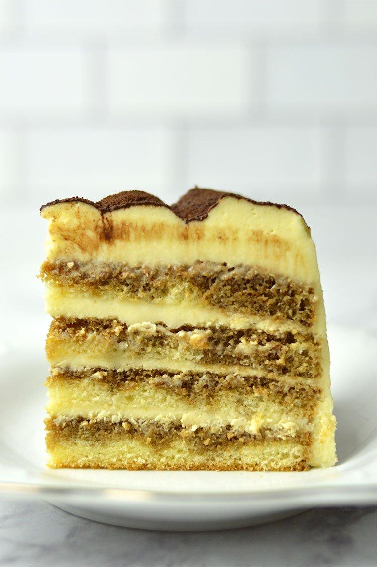 tiramisu layer cake slice