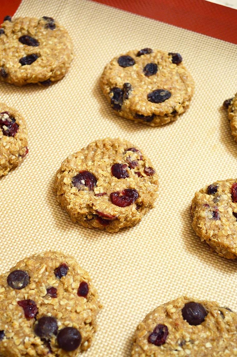 oatmeal cookies before baking