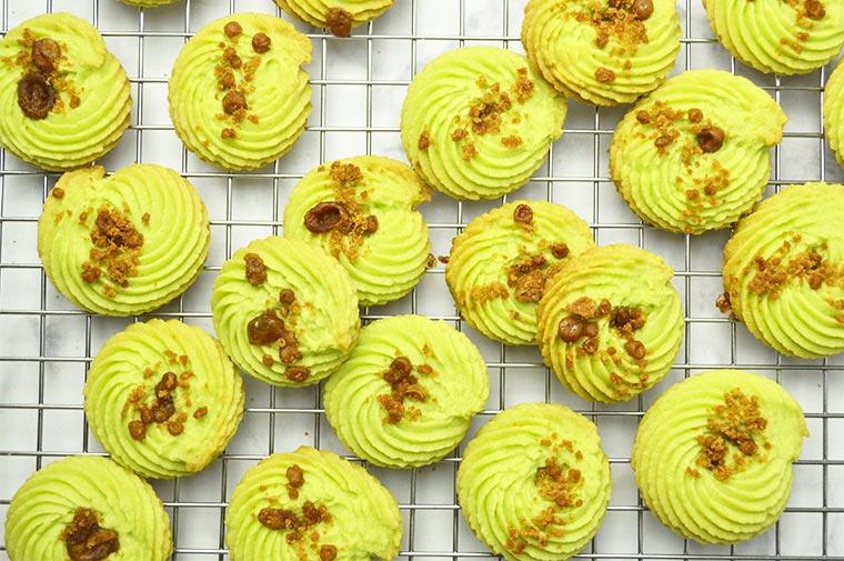 pandan gula melaka butter cookies