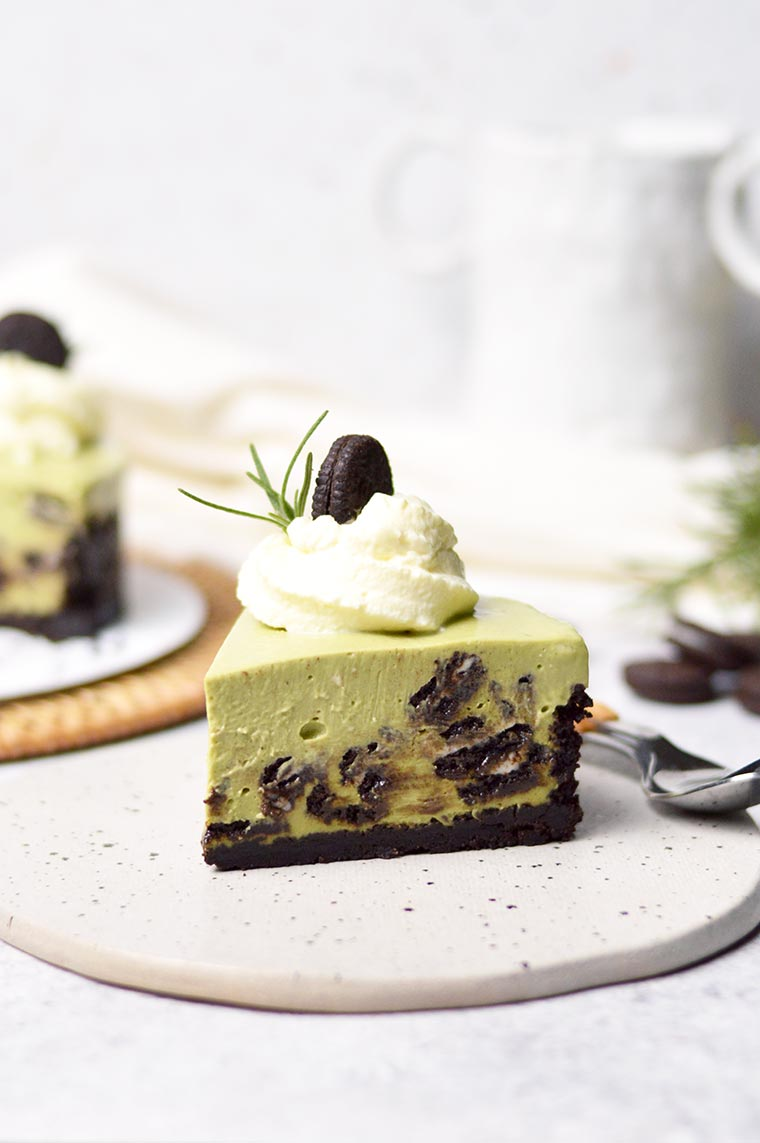 no bake matcha oreo cheesecake